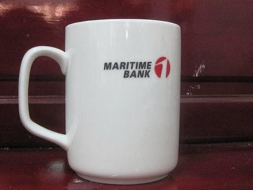 mẫu ly sứ in hình logo công ty