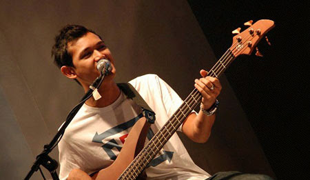 Top 5 Bassist Terbaik Indonesia