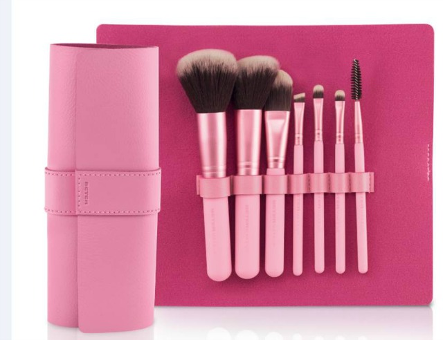 BETER_Kit_brochas_maquillaje_Pixie_Rose_Collection_obeBlog