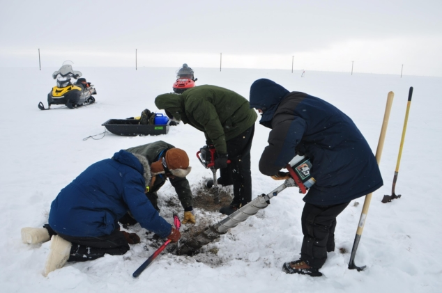 Scientists measure pulse of CO2 emissions during spring thaw in the Arctic