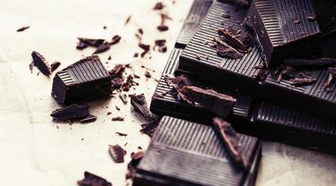 5 Manfaat Jika Mengkonsumsi Cokelat Hitam
