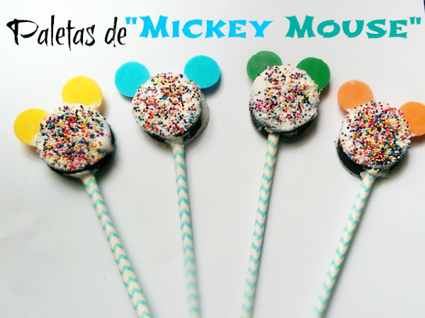 Paletas de Mickey Mouse { Galletas Oreo }
