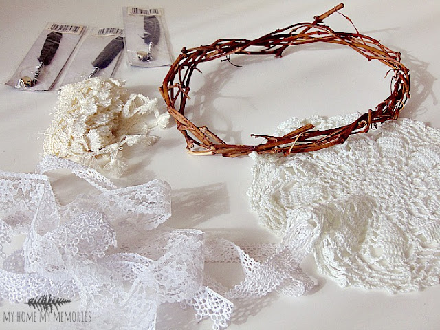 lace-doly-ribbons-wreath