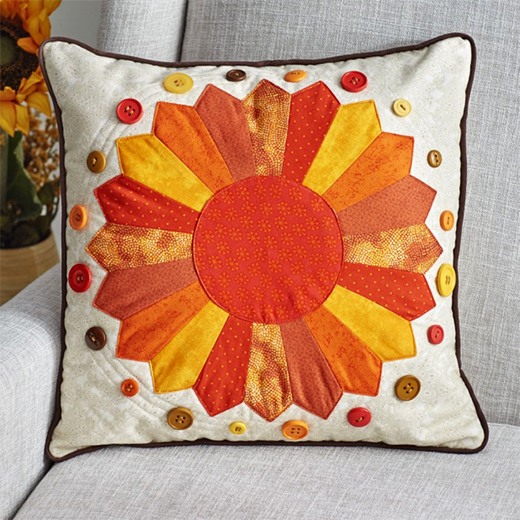 Dresden Delight Pillow Free Quilt Pattern
