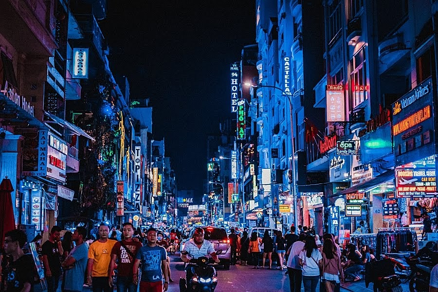 JQ Talks: Vietnam After Dark - 4 Best Nightlife Activities
