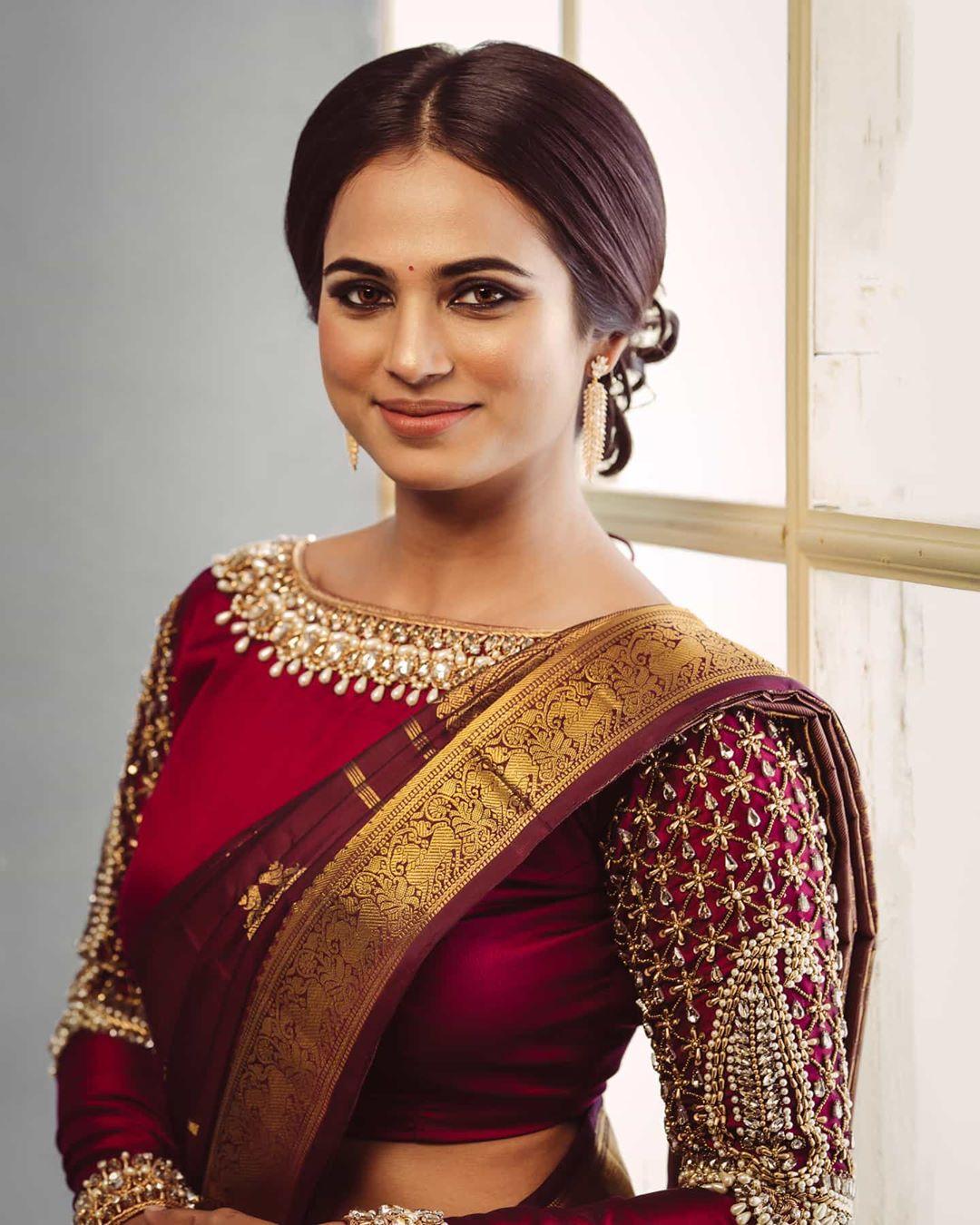 Actress Ramya pandian New exclusive pics
