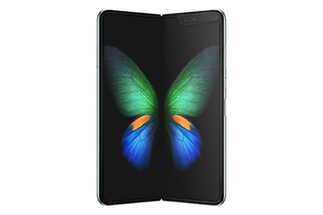 三星 Galaxy Fold 摺疊螢幕手機傳將在 12 月底登台開賣