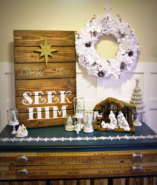 Lighted Paper Snowflake Wreath & Mason Jar Snow Globes