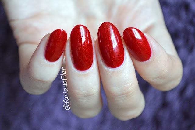 sally hansen red carpet swatch sparkle