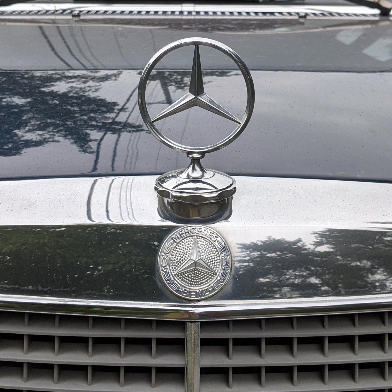 1975 Mercedes Benz 240D 03