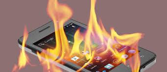 Jangan Gunakan Smatphone Sampai Panas