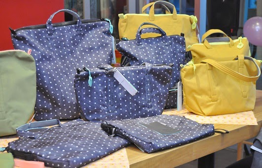Crumpler Wren collection