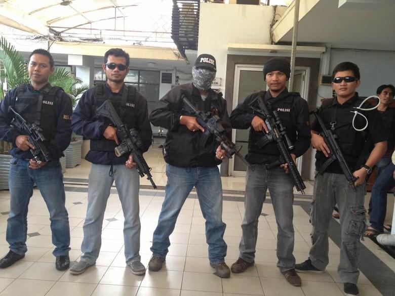Polisi Bersih-Bersih Preman Di Daerah Jakarta