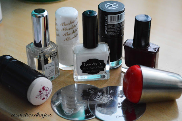 manicure stamping nails