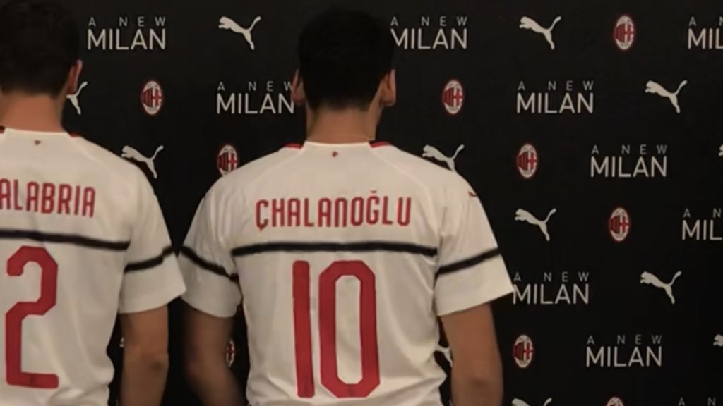 c01865c0f The Milan 2018-2019 away kit is made by Puma who take over from Adidas. It  introduces a rather unusual look to complete the very classic home jersey.