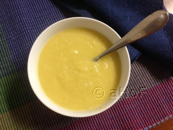 Parsnip, Pear and Leek Soup