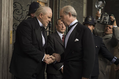 John Lithgow and Alex Jennings in The Crown (16)