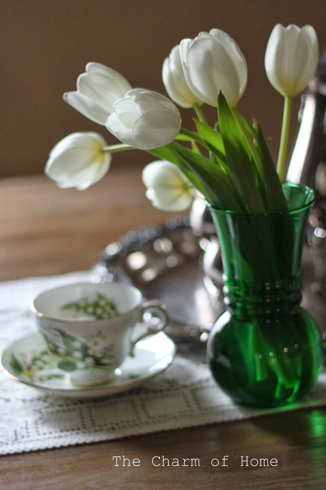 March Tea, The Charm of Home