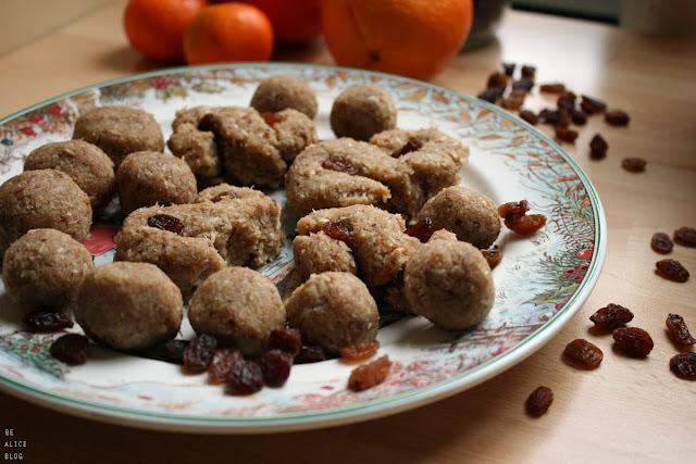 http://be-alice.blogspot.com/2013/12/raw-honey-saffron-buns.html