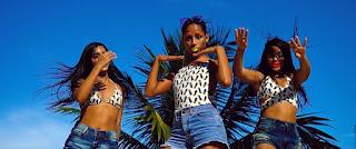 MC Loma e as Gêmeas Lacração preparam show e avaliam figurinos de divas que podem inspirá-las