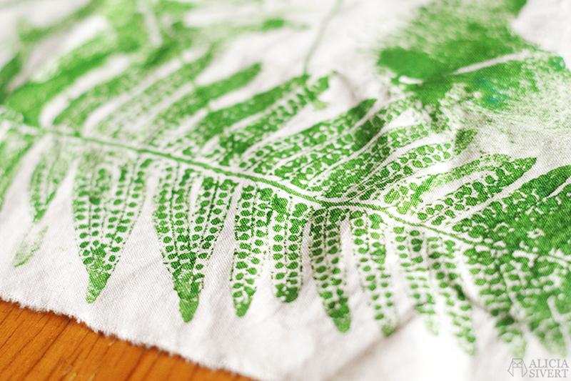 aliciasivert alicia sivert alicia sivertsson kreativitet skapa skapande trycka tryck textil textiltryck växttryck växt växter ormbunke ormbunksblad