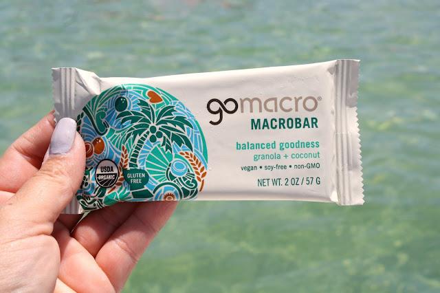 GoMacro Balanced Goodness Granola & Coconut Macrobar
