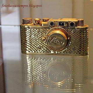 altın leica kamera