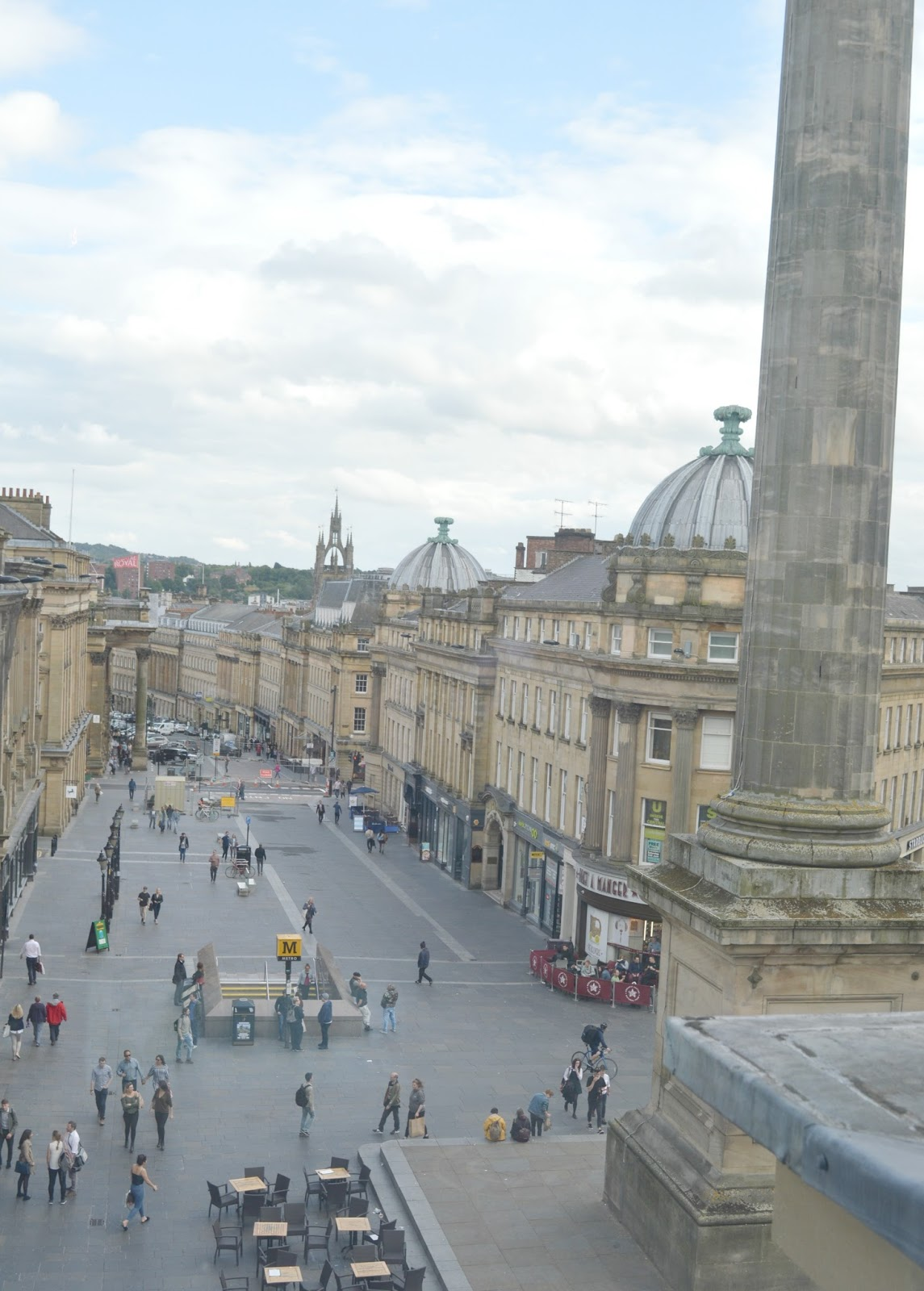 Climb Grey's Monument - The Botanist