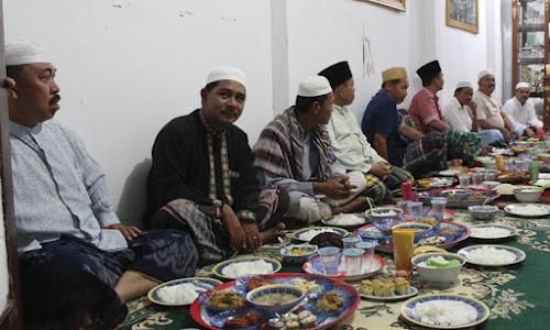 Inilah Beberapa Tradisi Unik Menyambut Bulan Ramadhan di Berbagai Daerah