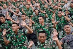 Perwira TNI-Polri isi jabatan sipil ?
