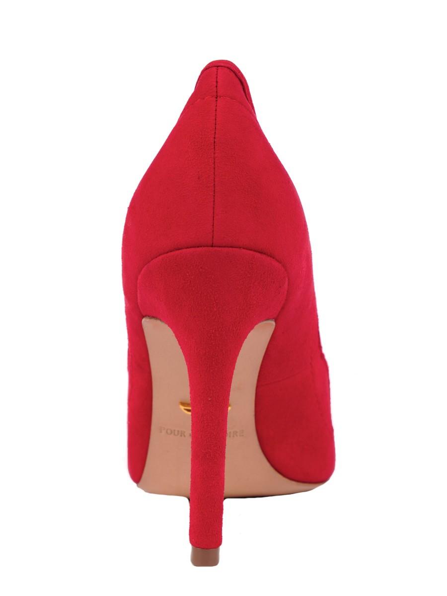bdd0ed498aa59 Red Shoes...Pour La Victoire Chantel