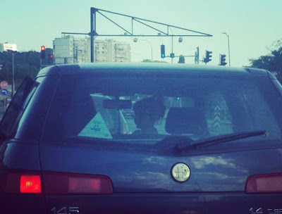 дете детско столче колан автомобил правила закон