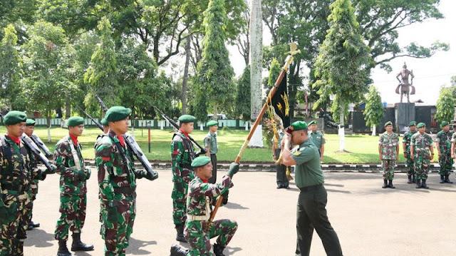 Danyonarmed 13 Kostrad Pimpin Tradisi Pindah Satuan di Sukabumi