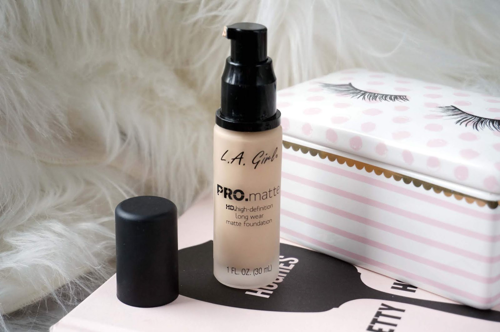 Joyce Lau La Girl Pro Matte Foundation Review Oily Combination Skin I Am An Avid Fan Of The Coverage Illuminating And Im On My 4th Or Even 5th Bottle That Good Stuff They Came Out With
