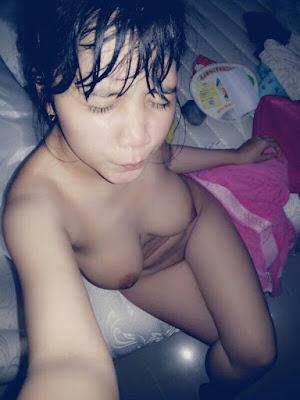 Foto Bugil ABG Selfie sehabis mandi