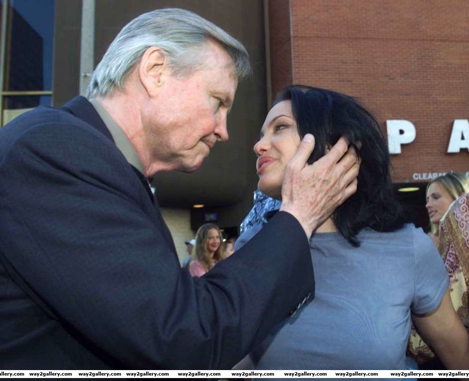 Jon Voight with daughter Angelina Jolie at the premiere of the film Gone in  Seconds