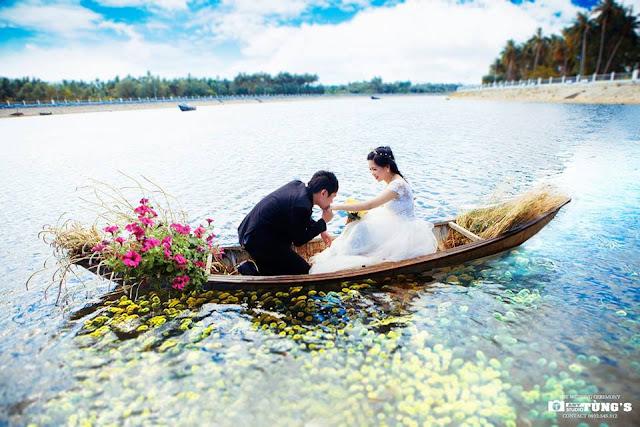 Ảnh cưới trên dòng sông Tam Giang