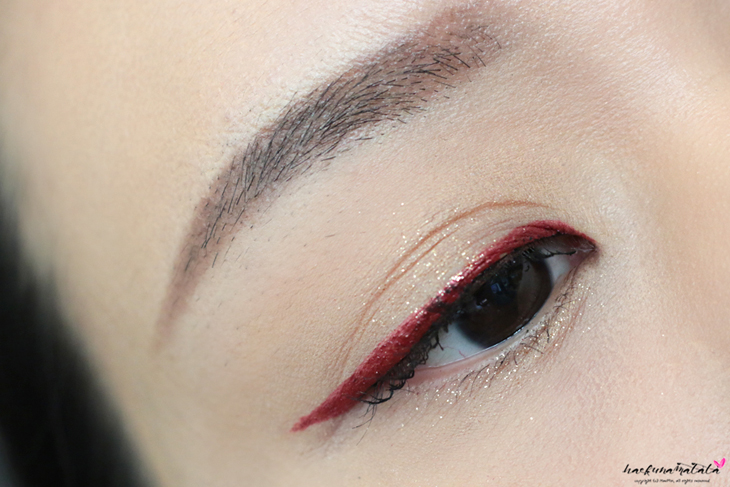 Make Up For Ever Diamond Powder #4 with MUFE Aqua Liner Liquid Eyeliner in 10 Iridescent Red