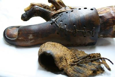 Αυτό το ξύλινο δάχτυλο είναι το αρχαιότερο -και τελειότερο για την εποχή του- προσθετικό μέλος