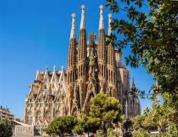 travel La Sagrada Família