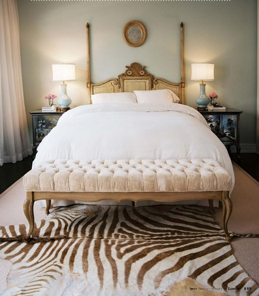 WHITE + GOLD: ANIMAL PRINT INTERIORS