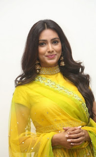 Pallavi Latest New Yellow Dress Photos
