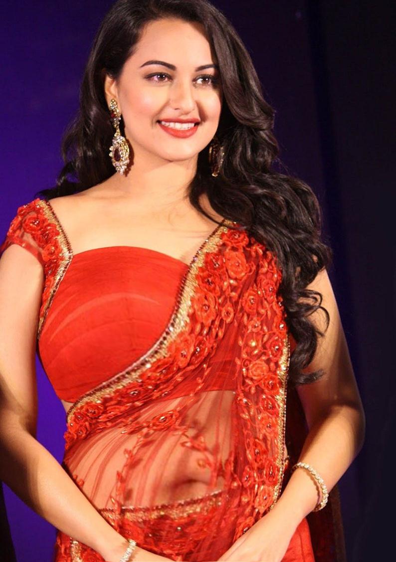 sonakshi sinha bra image