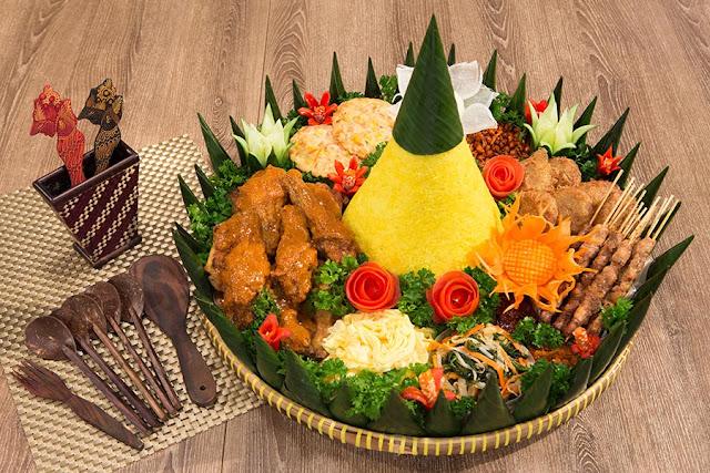 Tips Pintar Membuat Nasi Tumpeng