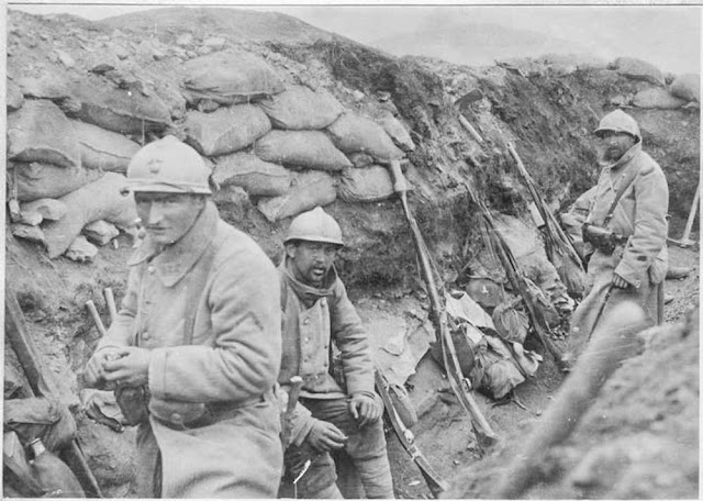 """Battle of 19 March 1917 north of Bitola (Monastir). Trenches of the Crvena Stena (""""Red Rock"""") removed by the 175th Infantry, 12 hours before during a violent """"Marmitage"""" with 150 mm shell"""