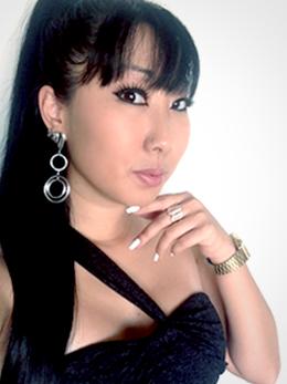 Karen Fukuda - Kaká