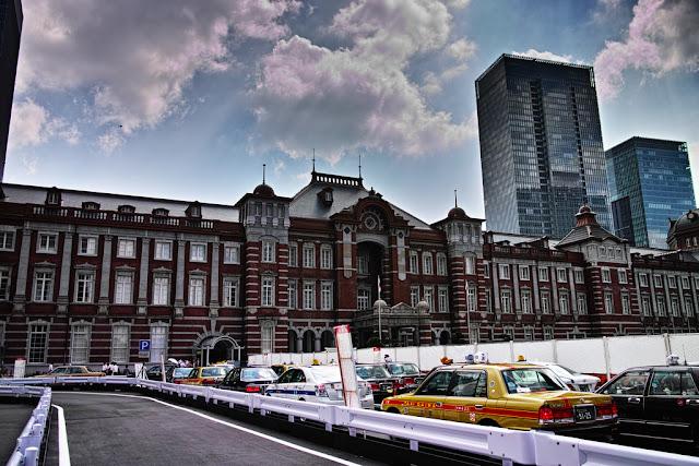 Fachada de la Estación de Tokyo