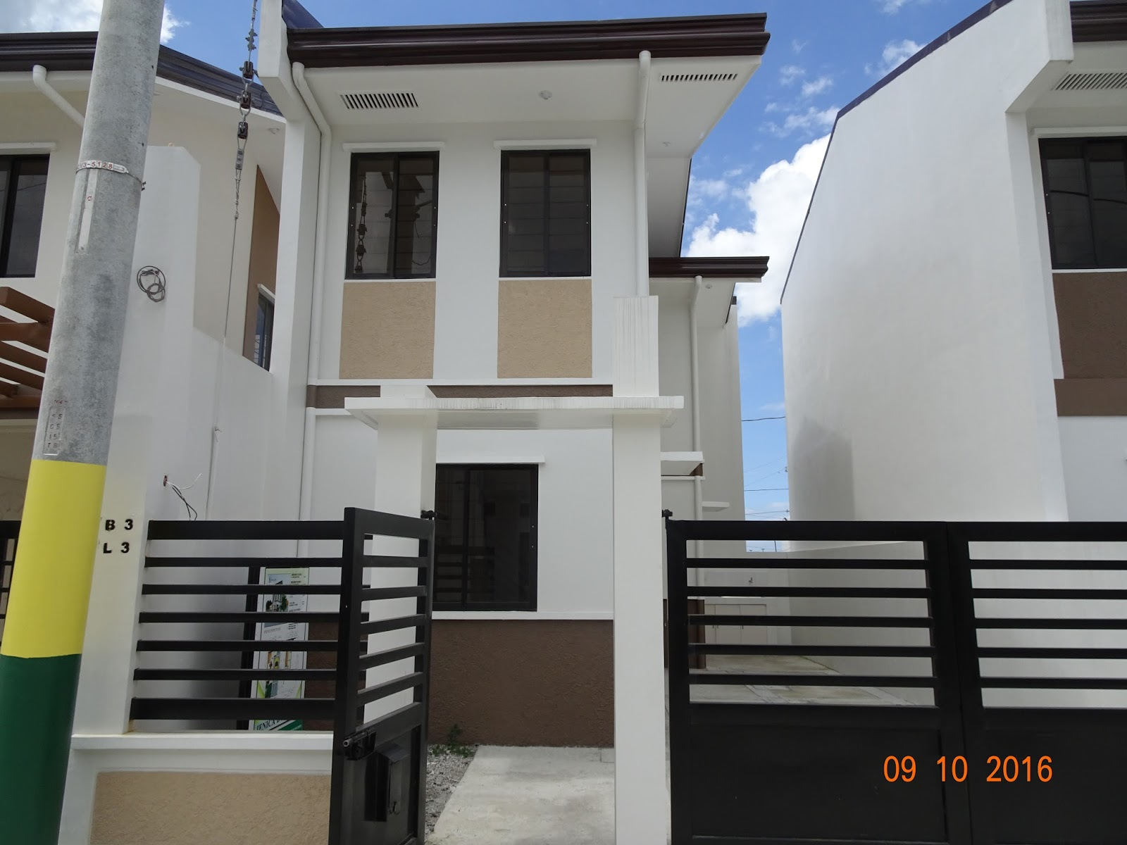 Collin Ville House And Lot For Sale In Kawit Cavite