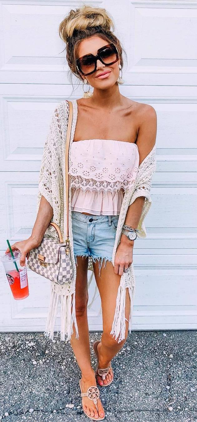 casual outfit inspiration / knit kimono + lace pastel top + bag + denim shorts