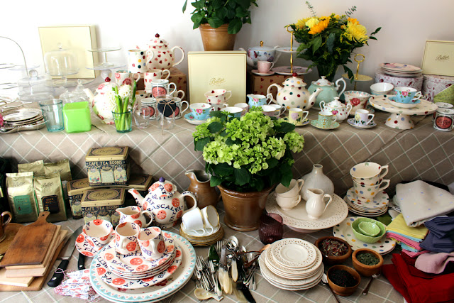 Betty's Tea Party in London - fashion and lifestyle blogger